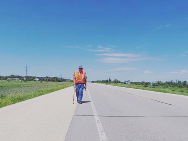 Métis Elder Walks From Ashern To Winnipeg Protesting Discrimination