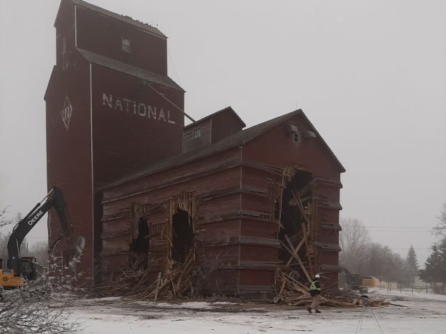 Reports Say Demolition Work On Winnipegosis Elevator Has Begun